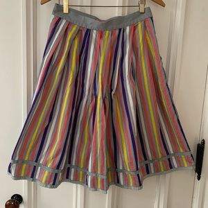 Lux Colorful gray striped skirt size 2